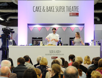 Baking Super Theatre